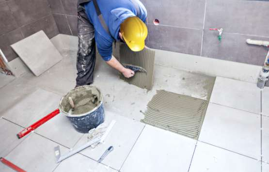bathroom renovation ceramic tiling